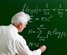 Gaji Profesor = Gaji Helpdesk Analyst ?